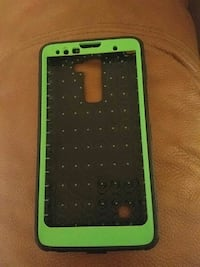 green and black lg stylo2 phone case