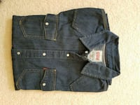 Levis denim shirt.. wore couple of times.. EUC Peoria, 61615