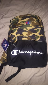 black and multicolored camouflage backpack Hyattsville, 20782