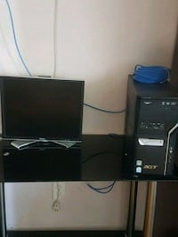 PC and monitor for parts Scarborough, M1K