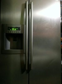 stainless steel side-by-side refrigerator with dispenser Los Angeles, 90006