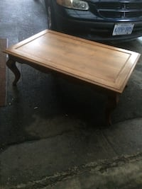 Wooden coffee table  537 km