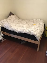 Double bed frame - solid pine Toronto, M6N 3K2