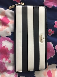 Black and white Kate Spade wallet New York, 10454