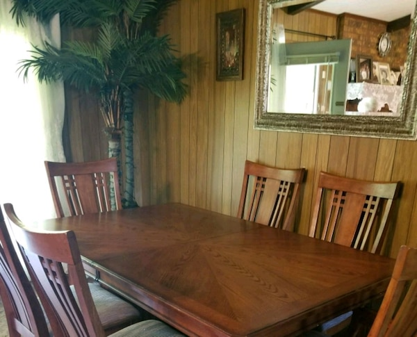Used Dining Room Table With Chairs For Sale In Dallas Letgo - Dining room table and 8 chairs for sale