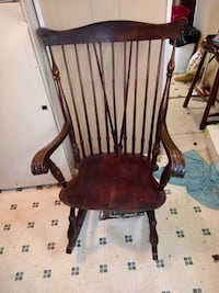 Vintag 1900 Spindle back Rocking Chair