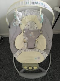 toddler's grey and white rocker bouncer Ilford, IG2 7EB