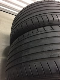 275 30 20 Dunlop sport pair of 2 tires  Manassas, 20110