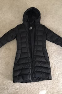 North Face womens winter jacket small