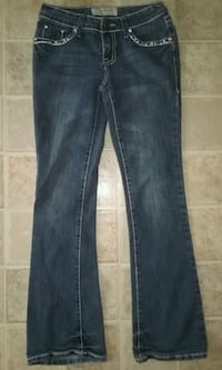 BEAUTIFUL WOMEN'S BOOTCUT JEANS  3 ONLY $8!