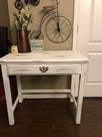 Farmhouse style small desk