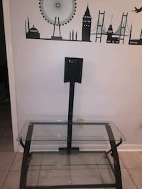 mint condition TV stand Mississauga, L5V 1G7