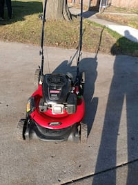 Craftsman puch lawn mower South Elgin, 60177