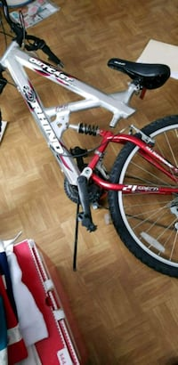 red and white hardtail bike Fayetteville, 28304