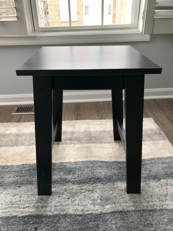Black end table/night stand