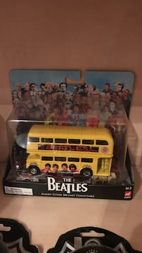 Beatles Sgt Peppers metal double decker bus Dumfries, 22191