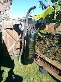 Punching bag and stand Los Angeles, 90003