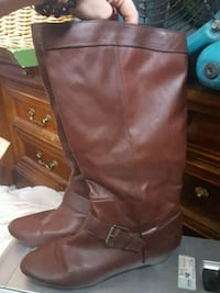 pair of brown leather knee-high boots Spokane Valley, 99216