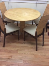 Dining set - table and 4 chairs Toronto, M4L 1Y6