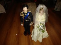 two couple wedding dolls