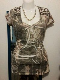 Women's top ( see info for location) Houston, 77089