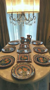 Dinner set never used