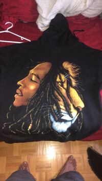 Bob Marley/Lion Hoodie  size L  *****Brand New **** Vaughan, L6A 2N4