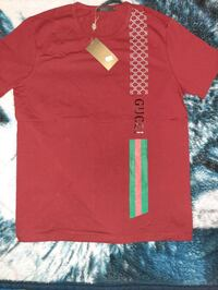 new with tags men's Gucci t-shirt size medium