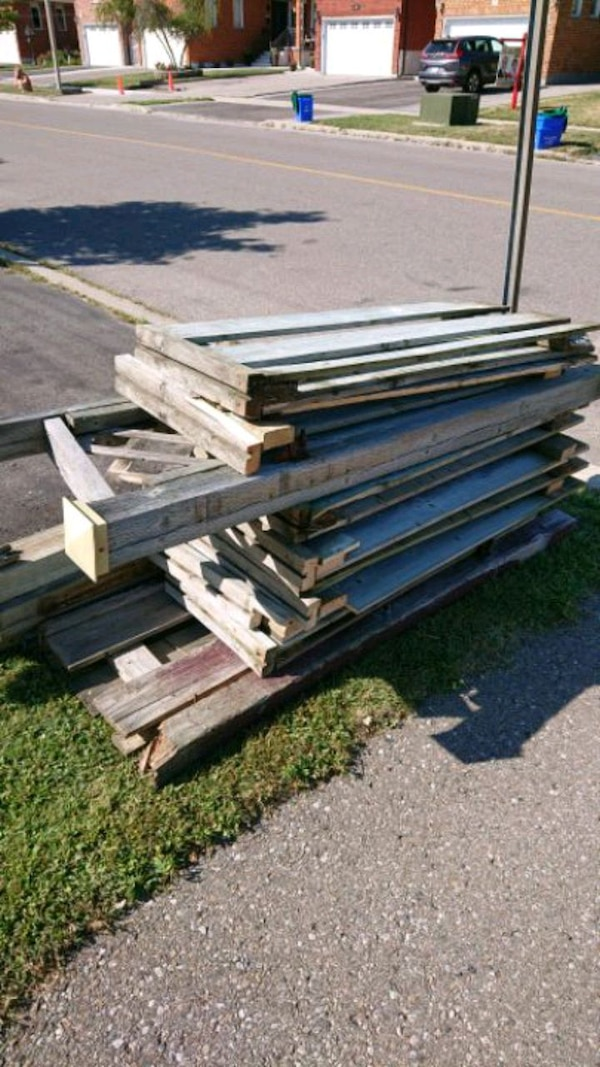 Wooden fence for ???? free