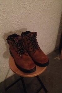 Safety shoes good condition size 9.5 Winnipeg, R2M 3B9