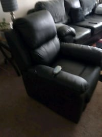 Recliner and  heated vibration  Glen Burnie, 21061