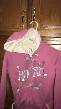 pink and white zip-up hoodie Amarillo, 79110