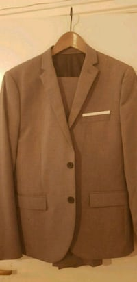 Suit for teenager H&M - size eur 46 Ставангер, 4016