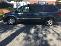 Chrysler - Town and Country - 2002 Glen Burnie, 21060