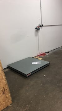 Ohaus Industrial floor scale 5000lbs