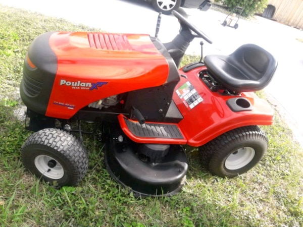 Sold Poulan Xt Ride On Mower 17 5 Hp