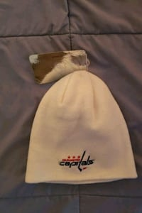 Caps hat. New with tags. Centreville, 20120