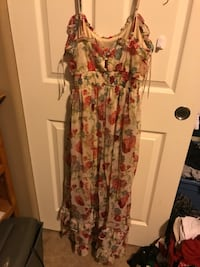 Red, white, and green spaghetti strap maxi dress Hillsboro, 97123