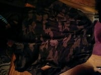 black and brown camouflage crew neck shirt Dearborn Heights, 48125