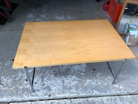 Coffee table-maple wood Gainesville, 32601