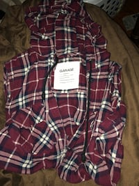 Garage Plaid Hooded No Sleeve Shirt