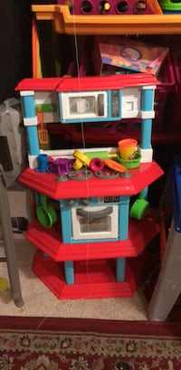 red, blue, and white plastic kitchen playset Centreville, 20120
