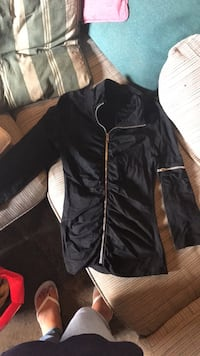Black sweater size xs Mississauga, L5N 2A5