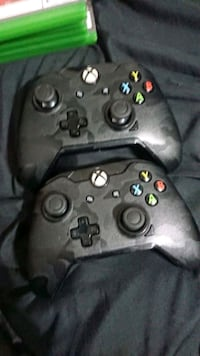 black and gray Xbox One controller Woodstock, N4T 1V8