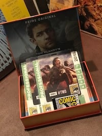 two assorted Xbox 360 game cases West Covina, 91790