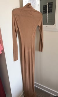 Mistress Rocks Nude Side Split Maxi Dress: Size XS Toronto, M4Y 1K3