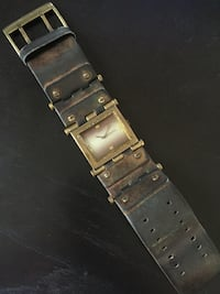 Leather Watch Guess Vancouver, V6E 4V3
