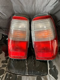 1998-2000 Toyota 4Runner tail lights  Elkridge, 21075