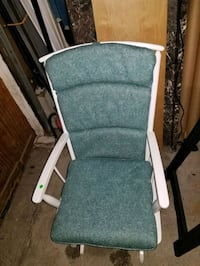 GLIDER rocker, washable cushions,great condition.