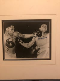 Ali Frazier signed photo, authenticity letter on back of frame Woodbury, 11797